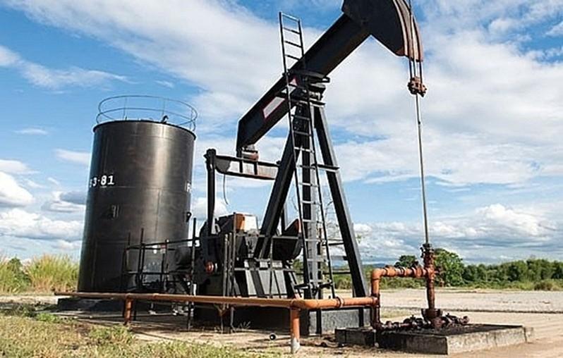 Kinh tế giảm tốc khiến giá xăng dầu giảm 3 lần liên tiếp 2