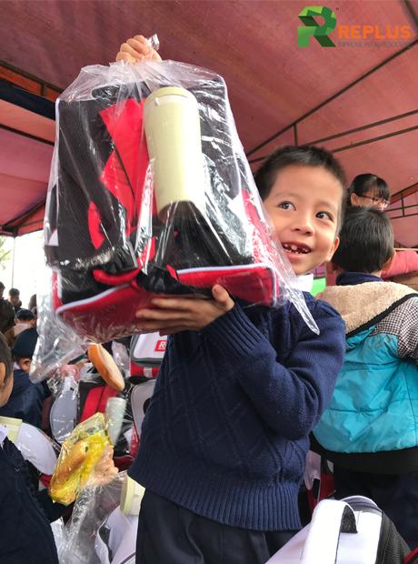 Nhật ký từ thiện 2019 - Chung tay tiếp bước đến trường 2