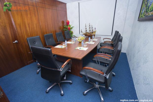phòng họp replus 68