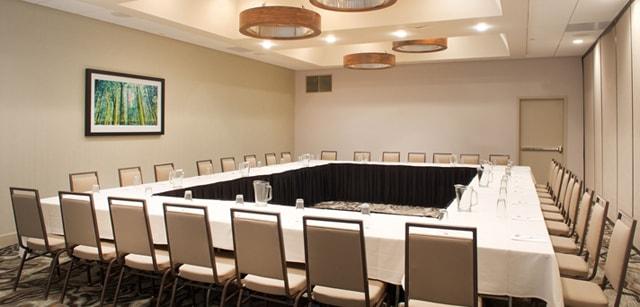 Top 10 kiểu setup phòng họp đạt tiêu chuẩn, bắt mắt bạn nên biết 3